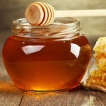 9 Health Benefits of Honey