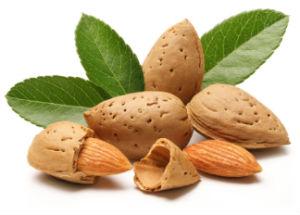 6 Health Benefits of Almonds for Men